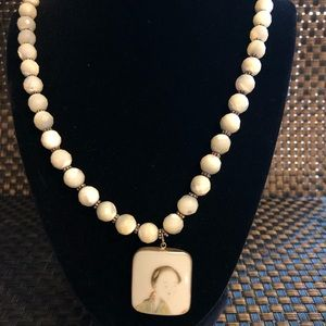 Jewelry - Vintage Hand Crafted Asian Woman Necklace